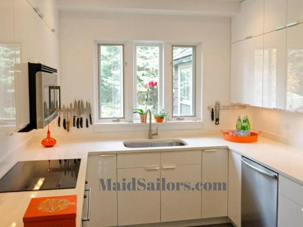 5 Hacks For Your Small Kitchen Maid Sailors