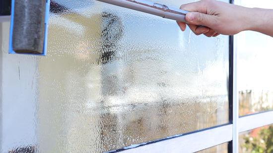 6 Ways To Keep Glass Windows Rust Free | Maid Sailors